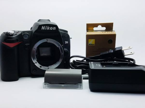 【極美品】Nikon ニコン D90
