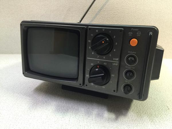 TOSHIBA トランジスタテレビ TV レトロ GT-500 アンティーク コレクション アンテナ 格安スタートA_画像2