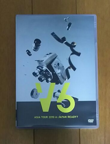 V6 ASIA TOUR 2010 in JAPAN READY? (通常盤) [DVD] コンサートグッズの画像