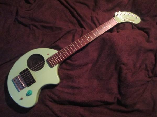 Jv guitar img600x450 14950058537jwpkt31333