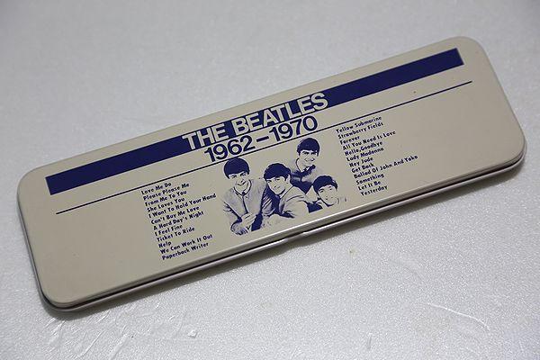 ビートルズ 缶ペンケース デビュー当時の4人をデザインした物 未使用 ライブグッズの画像