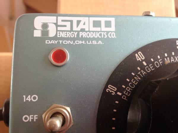 中古 STACO ENERGY PRODUTS CO. 3PN501 変圧器_画像2