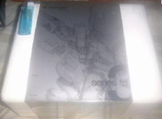☆【新品】 超希少 限定品 メディコム ナイキ キューブリック KUBRICK NIKE 6体セット です。_画像1