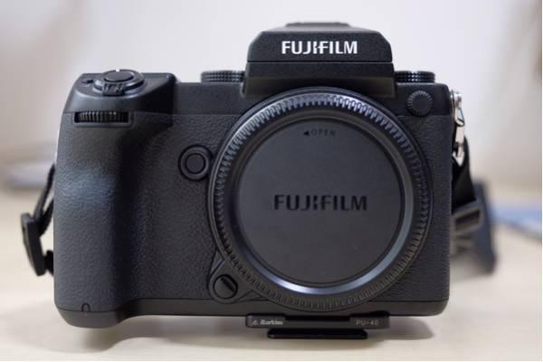 【新同品】富士フイルム フジフィルム FUJIFILM GFX 50S
