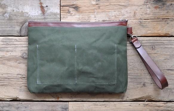 ■ハンドメイドの6号帆布とヌメ革のクラッチバッグ(カーキ:パラフィン加工)_画像2