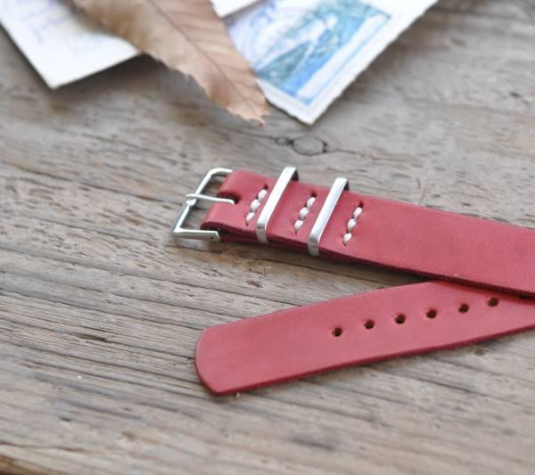 ■ハンドメイド・腕時計レザーベルト22mm【レッド】赤TIMEX NATO_幅22mmです。