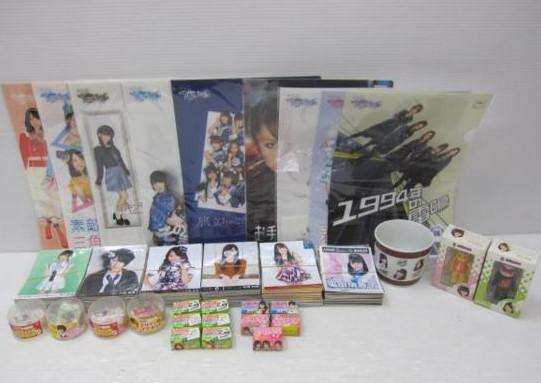 AKB48 SKE48 NMB48 生写真560枚+α クリアファイル マグカップ ベアブリック グッズまとめ(管理:64) ライブ・総選挙グッズの画像
