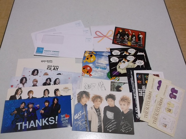 ▼ GLAY グレイ 【 グリーテイングカード&カタログ いっぱいセット ♪2002新年CD含む 】 美品♪