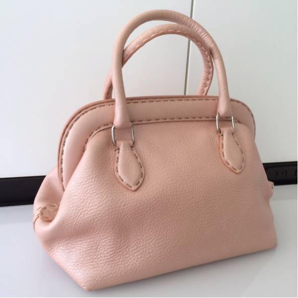 【正規品】FENDI フェンディ セレリア ハンドバッグ / トートバッグ ピンク 美品売りきっちゃいます_画像2