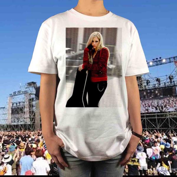新品 アヴリルラヴィーン フォト バンドTシャツ ロック パンク SUM41 ニッケルバック テイラースウィフト ミシェルブランチ ワンオク 6 ライブグッズの画像