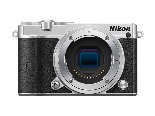 ★☆Nikon 1 J5 標準パワーズームレンズキット ミラーレス一眼 シルバー ボディ+交換レンズ(NIKKOR VR 10-30mm f/3.5-5.6PD-ZOOM)☆★