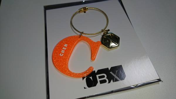 EXO CBX アクリルキーホルダー チェン