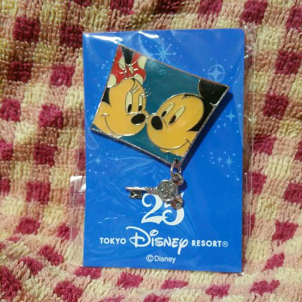東京ディズニーリゾート 25周年 ピンバッジ 非売品 TDR ミッキー&ミニー
