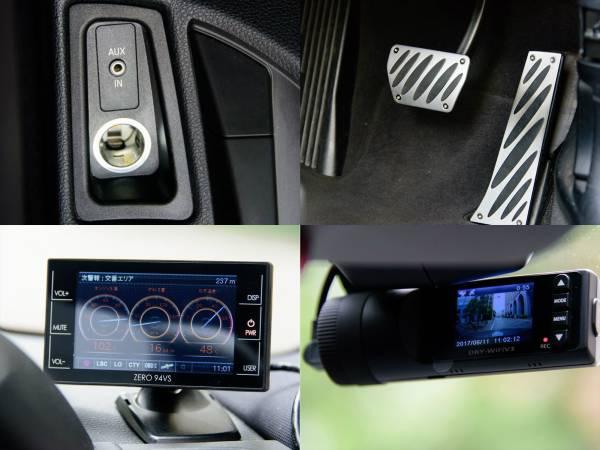 BMW 135i クーペ 7AT 平成22年 後期型iDrive ワイドHDDナビ 車検長い 平成30年4月迄 オリジナルマフラー_純正アルミペダル、レーダー、ドラレコ付き