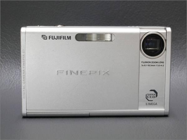 ●赤外線改造 デジカメ FUJIFILM Finepix Z1 512万画素 BT付