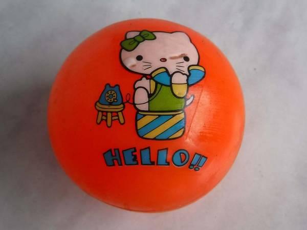サンリオ古いまんがボールHELLO!!ハローキティ猫レトロ昭和ものオモチャ中古キャラクターものです。_画像1