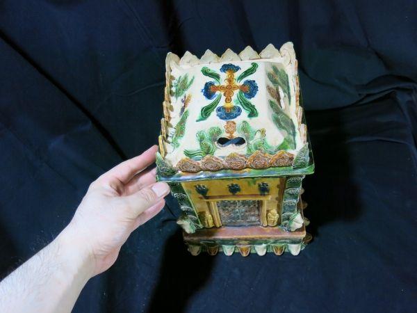 A 三彩舎利容器 博物館、ミュージアム級 北宋時代 10世紀 中国 古玩 仏教 仏像 唐三彩 発掘品_画像2