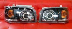 『訳アリ・中古品』 200系 ハイエース 1型 2型 オレンジ LEDライン インナー ブラック ヘッド ライト