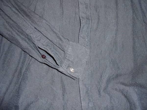 ヴェルサーチVERSACE CLASSIC V2ベルサーチ/黒色長袖シャツ/大きめメンズ42/16 1/2サイズ/おしゃれ総柄デザイン/熊本県からヤマト便で発送_画像3