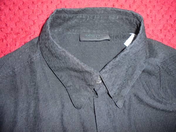 ヴェルサーチVERSACE CLASSIC V2ベルサーチ/黒色長袖シャツ/大きめメンズ42/16 1/2サイズ/おしゃれ総柄デザイン/熊本県からヤマト便で発送_画像2