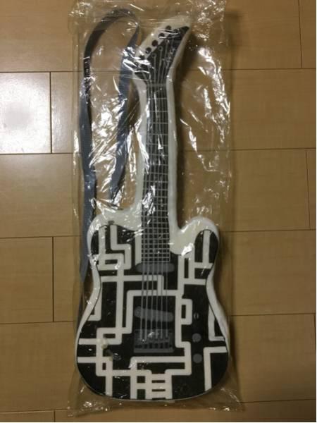 未使用 布袋寅泰 ギター型クッション 布袋モデル BOOWY レア ライブグッズの画像