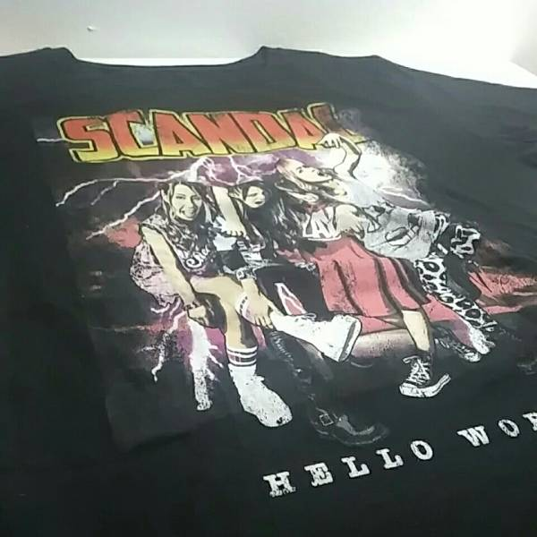 美品 SCANDAL スキャンダル HELLO WORLD Tシャツ Lサイズ