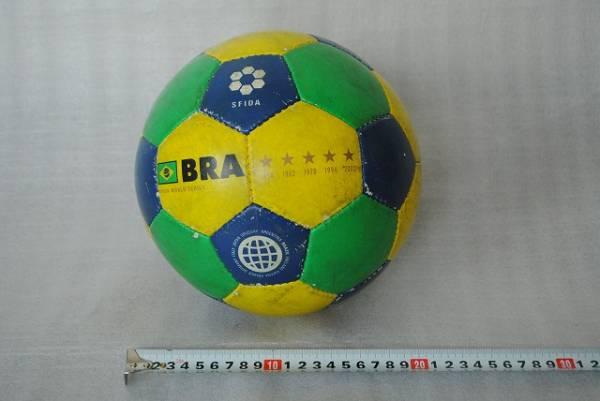 中古 サッカーボール BRA SFIDA ブラジル?