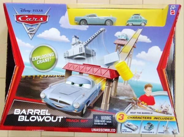 ディズニーピクサー カーズ2 マテル キャラクターカー用プレイセット BARREL BLOWOUT TRACK SET フィンマクミサイル ザンダップ教授_画像1