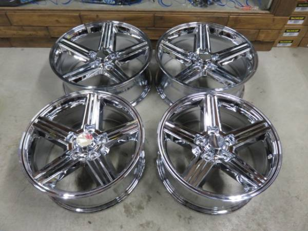 NEW IROC Chrome 22X9J 5H 4.75(120.65)