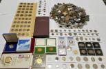 世界のコイン、古銭、十万円金貨、銀貨などいろいろ総重量10k