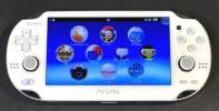 1円スタート!★PlayStation Vita (プレイステーション ヴィータ) 3G/Wi‐Fiモデル クリスタル・ホワイト (限定版) (PCH-1100)