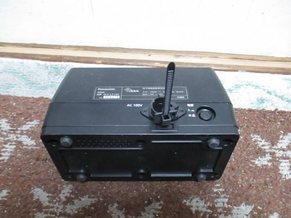 「2RB5」Panasonic/パナソニック 赤外線ワイヤレスマイクロホン充電台★WX-LZ100★ WX-LT100/WX-LT300用_画像2