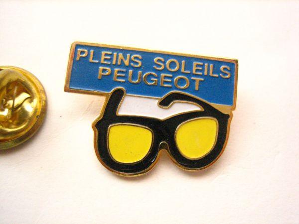 メガネ 眼鏡 サングラス 黄色 古  ピンバッジ_画像1