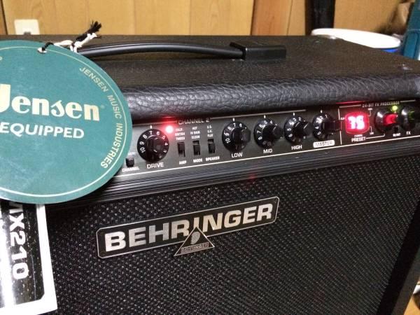 本体 美品/動作確認済 BEHRINGER V-TONE GMX210 30W×2 ギターアンプ フットスイッチ付 ベーリンガー Marshall,Fender,ROLANDをお探しの方も