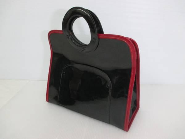 【お買い得!】 ★ エナメル風ハンドバッグ ★ 黒 赤縁ライン