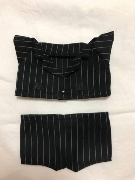 EXO ぬいぐるみ 20センチ用 ストライプスーツ エクソ ベッキョン D.O. KAI カイ シウミン チェン 人形 洋服 ライブグッズの画像