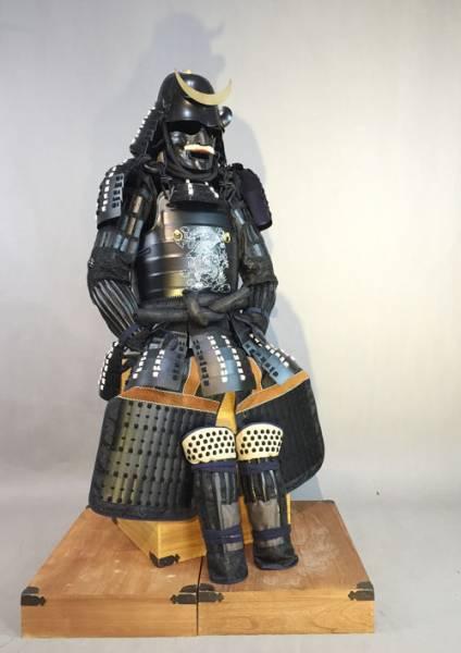 ◆甲冑◆等身大●戦国武将◆黑武士具足鎧兜日本刀G11