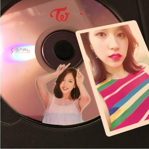 ◆TWICE◆signal サナ CD トレカナヨン ジョンヨン モモ サナ ジヒョ ミナ ダヒョン チェヨン ツウィ/ハイタッチ ショーケース