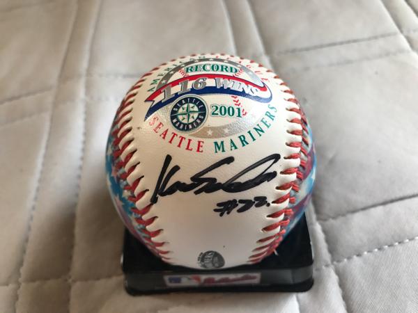 シアトルマリナーズ佐々木主浩 直筆サイン入り 2001年 116勝記念MLB公式球 グッズの画像