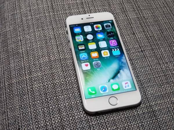 送料込 iphone6S 64GB 判定- au シルバー ホワイト apple simなし 中古美品 wifi利用可能