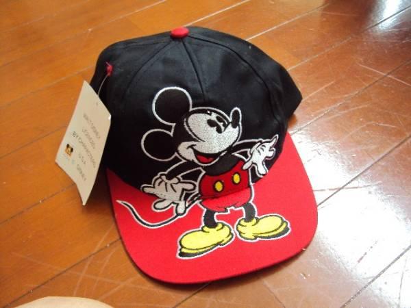 未使用品!ミッキーマウスの刺繍入り帽子! ディズニーグッズの画像