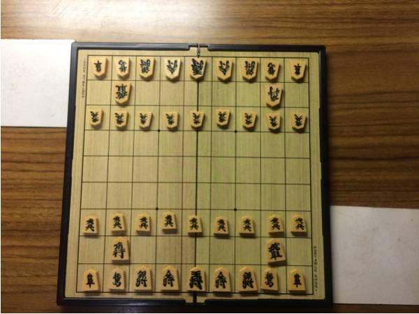 【磁石式】ポータブル将棋盤と駒のセット