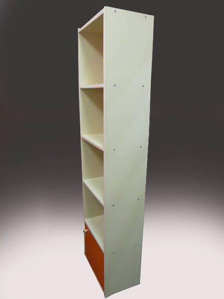 ◆昭和レトロポップ オレンジ×白 約180cm 4段+収納扉付き 縦長の飾り棚 収納棚 食器棚 キャビネット ポーズ人形 雑貨コレクションの収納に_画像3