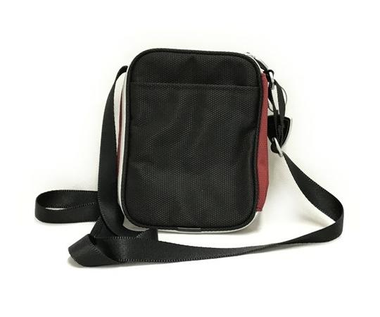 美品 TUMI ドゥカティ ナイロン ショルダーバッグ メンズ 黒×赤 DUCATI 限定コラボ T2556152_画像2