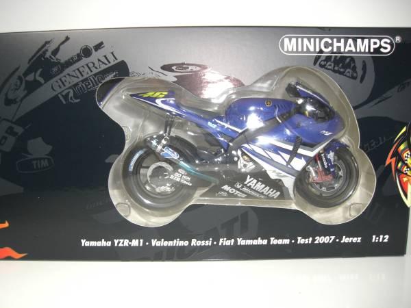 MINICHAMPS VALENTINO ROSSI 1//12 YAMAHA M1 MOTOGP TEST JEREZ 2007 L.E.1007 NEW