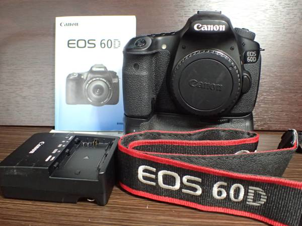 canon キャノン EOS-60D +バッテリーグリップ+取説+バッテリーチャージャー+ストラップ 美品 完動品 保証