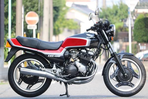 「昭和60年6月/CBX400FF/F2/フルオリジナル/フル2型/黒赤/フルノーマル/エンジン乗せ換えなし/超極上車/完璧なクオリティー/オートローン可能」の画像1
