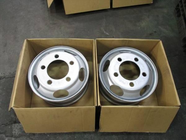 いすゞ エルフ 2トン TOPY DFR15.5×5.25 115-8 5穴 両面再塗装 2本_画像1