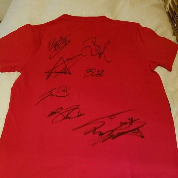 iKONサイン入りTシャツ ライブグッズの画像