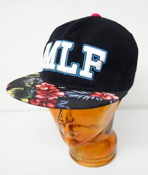 ONE OK ROCK  ワンオクロック *2014 MLF キャップ  *お色 黒系  バイザ―トロピカルな柄 *MLF 立体刺繍  *スナップバック